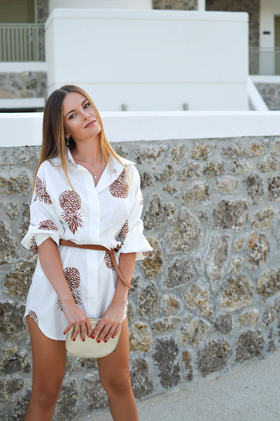 Tamara Bellis Fashion Blogger